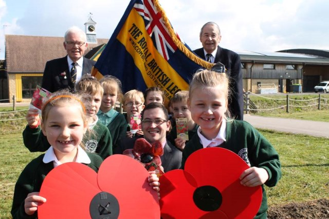 Castle Batch pupils with David Barry of Bristol Blue Glass and Royal British Legion Members